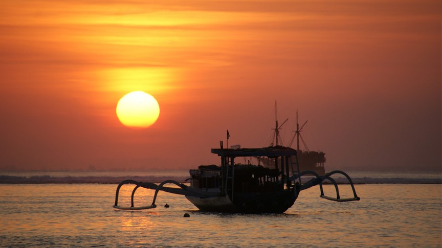 great sunset to enjoy everyday in lembongan