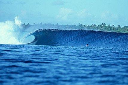 nusa lembongan surf breaks razors