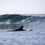 beginner surf lesson in tamarind